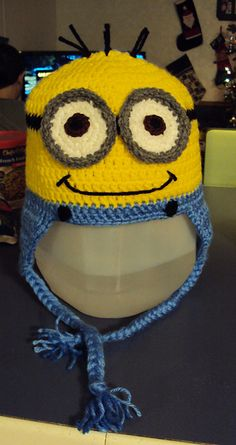 Crochet Despicable Me Minion Earflap Beanie Hat - Free Pattern