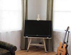 flat screen easel tv stand