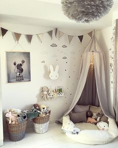 Likes, 59 Kommentare - Gabriella Joss (Gabriella Joss) zu In ., Likes, 59 Kommentare - Gabriella Joss (Gabriella Joss) zu In . Diy Home Decor Bedroom, Baby Bedroom, Baby Boy Rooms, Little Girl Rooms, Baby Room Decor, Nursery Room, Girls Bedroom, Nursery Ideas, Baby Boy Bedroom Ideas