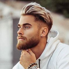 Best Hairstyle For Oval Face Men - Mid Fade Haircut with Thick Brushed Back Hair on Top and Full Beard mens hairstyles Best Men's Haircuts For Your Face Shape 2019 Beard Styles For Men, Hair And Beard Styles, Short Hair Styles, Men Hair Styles, Facial Hair Styles, Faded Beard Styles, Oval Face Men, Oval Faces, Oval Face Hairstyles