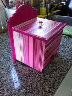 Another holder for packed juice powder / Otro porta jugos en sobres