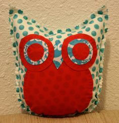 Tranquil Owl Friend by makemorefriends on Etsy, $20.00    i don't typically use a lot of white fabrics, but i like this one!