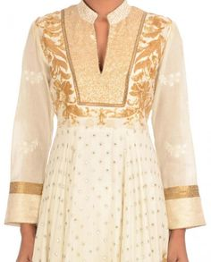 Royal looking pearl white color anarkali suit