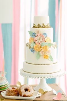 Pastel #wedding cake | City Love Photography | see more on: http://burnettsboards.com/2014/04/pastel-mint-gold-wedding-ideas/