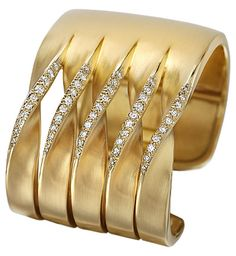 Diana Vincent - Contour Gold and Diamond Bangle Bracelet - Bracelets Diamond Bracelets, Gold Bangles, Link Bracelets, Bangle Bracelets, Gems Jewelry, Fine Jewelry, Schmuck Design, Mellow Yellow, American Jewelry