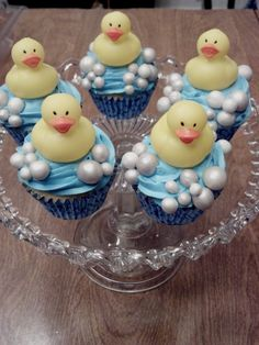Ducky Cupcakes ~ French Vanilla Sponge Cakes with Homemade Buttercream and edible sparkly bubbles