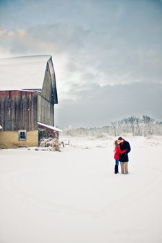 Country Winter Engagement Session   Grand Rapids Engagement Photos | Couples Photography | Autumn Rae Photography
