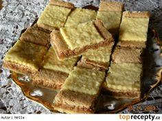 Koláč s ořechovým piškotem Czech Recipes, Ethnic Recipes, Cornbread, Baking, Sweet, Food, Homeland, Drinks, Millet Bread