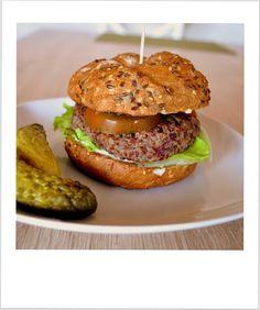 We love our kitchen: Vegetariánsky burger Ahoj! Ak máte chuť na výborný...