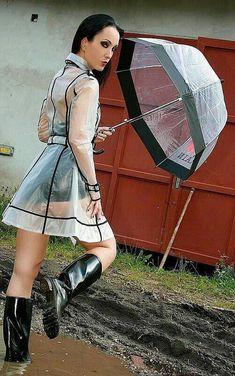 Raincoats For Women Stitches Info: 3769030698 Vinyl Raincoat, Pvc Raincoat, Hooded Raincoat, Plastic Raincoat, Raincoat Outfit, Green Raincoat, Imper Pvc, Wellies Rain Boots, Topshop