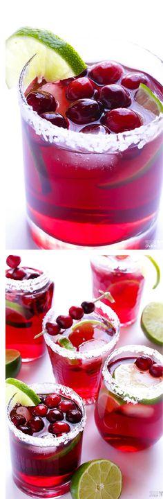 Cranberry margaritas in just 5 minutes – cranberry juice cocktail, fresh lime juice, tequila, orange-flavored liqueur (Cointreau or Triple Sec)