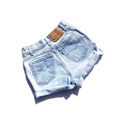 19e48625 Vintage 501 Button Fly Light Wash High Waisted Levi's Shorts! Size XXS Size  23