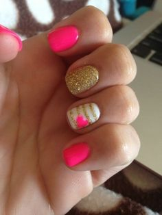 14. Pink and Gold - 24 Fancy Nail Art #Designs That You'll Love Looking at All Day Long ... → #Beauty #Fancy