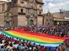 Large city of Cuzco ground flag