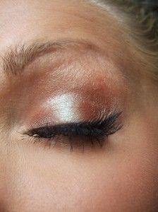Copper eye for summer