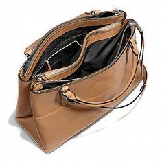 Love this multi zip bag!