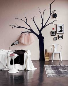 """Tree Stencil, Image Source Plascon Spaces Magazine.  What about adding hooks onto the wall to hang things on the """"tree""""?"""
