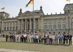 8. Mai 2009: 50 Besucher vom Treff 60Plus aus Worbis besuchten den Bundestag.