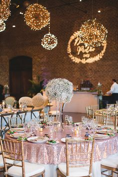 glam wedding reception - photo by Izzy Hudgins Photography http://ruffledblog.com/handcrafted-sparkle-wedding-in-savannah