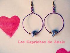 Pendientes Round: Pendientes hechos a mano en forma de aros con adorno central #Pendientes, #Earrings