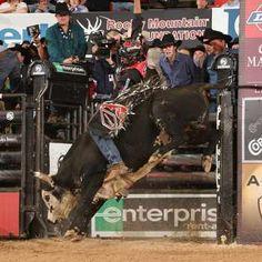 My favorite bull rider...JB Mauney <3