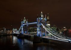London's Tower Bridge gets LED makeover for Queen's Jubilee and 2012 Olympics Eco Architecture, Amazing Architecture, Cool Pictures, Cool Photos, Tower Bridge London, London Night, London Landmarks, Aerial View, London England