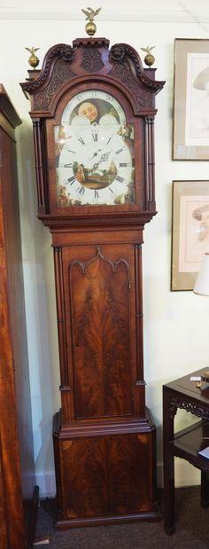 The Characteristics of Grandfather Clock Vintage Antiques For Sale, Antique Stores, Old Antiques, Antique Grandfather Clock, Grandmother Clock, Antique Mantel Clocks, Photo Clock, Living Room Clocks, Pendulum Clock