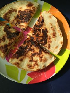 cheesy egg quesadillas perfect to start the day when camping (or any time really!) Simple, tasty and uses only one pan and one hob. Vegetarian Camping, Vegan Vegetarian, Cheesy Eggs, Camping Breakfast, Dinner This Week, Quesadillas, Spice Things Up, Food Inspiration, Vegan Recipes