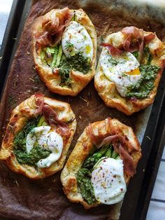 This Asparagus tart with whipped feta and poached eggs topped with prosciutto and homemade pesto makes an easy sunday brunch that's both pretty & flavorful. Mexican Breakfast Recipes, Brunch Recipes, Pancake Recipes, Breakfast Options, Waffle Recipes, Asparagus Tart, Prosciutto Asparagus, Pesto Potatoes, Shakshuka Recipes