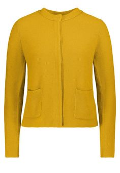 Betty Barclay Strickjacke, Yellow - Gelb, 38 Jetzt bestellen unter: https://mode.ladendirekt.de/damen/bekleidung/strickjacken-und-maentel/strickjacken/?uid=79bab9ba-a0da-59a9-90f6-31263ba57c3a&utm_source=pinterest&utm_medium=pin&utm_campaign=boards #strickjacken #bekleidung #maentel Bild Quelle: www.karstadt.de