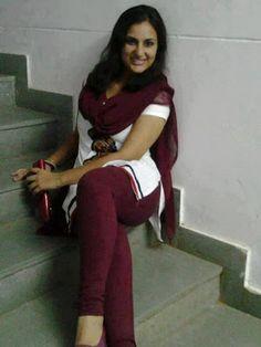 hot girl in Salwar Kameez