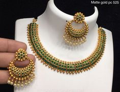 Green Choker Set From Alamkara ~ South India Jewels Gold Jewelry Simple, Gold Rings Jewelry, Gold Jewellery Design, Emerald Necklace, Emerald Jewelry, Necklace Set, Mango Necklace, Stone Necklace, Gold Necklace