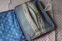 Taschentuchtasche aus Jeanslatzhose