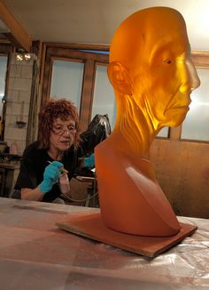 Original sculpture by Judy Chicago, cast in glass by Hugh McKay. Judy Chicago working on Giant Toby Head with copper eye. Artist Life, Artist At Work, Judy Chicago, Cast Glass, Glass Facades, Glass Artwork, Unusual Art, Feminist Art, Art Studios
