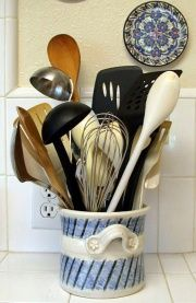 Wikihow article on how to organize kitchens