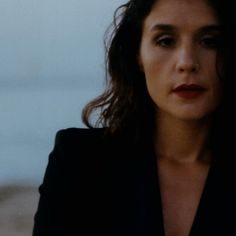 "Can not stop listening to the new Jessie Ware. ""Midnight"" is incredible   https://youtu.be/MJz8mtImzdc"