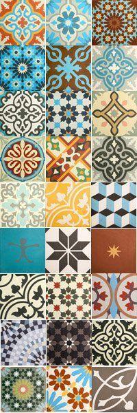 ~Ethnic&chic~ mix designs and colors of Cement Encaustic tiles here at ARCHARIUM . Tile Art, Mosaic Tiles, Cement Tiles, Tile Patterns, Textures Patterns, Tile Design, Pattern Design, Diy Vintage, Spanish Tile