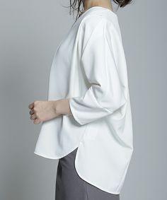 【ZOZOTOWN 送料無料】nano・universe(ナノユニバース)のシャツ/ブラウス「【予約】 レイヤードタックドルマンブラウス」(9999165115009)を購入できます。