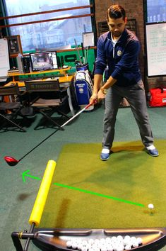 The game of golf is much easier when you can hit long drives in the fairway. Here's a few proven tips to help make the driver your favorite club in the bag. Video Golf, Golf Basics, Golf Putting Tips, Golf Chipping, Golf Drivers, Golf Instruction, Driving Tips, Golf Exercises, Workouts