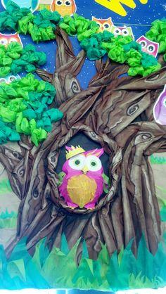 Smart Fab owls camping display detail.