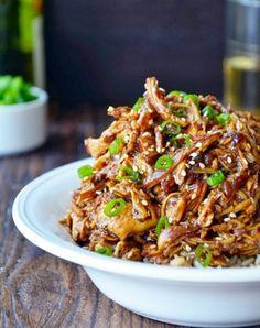 Slow Cooker Honey Garlic Chicken #recipe #easy