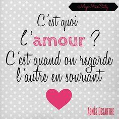 C'est quoi l'amour? C'est quand on regarde l'autre en souriant #amour design coeur citation