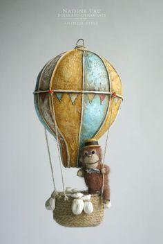 Foto di Nadine Pau - masks, dolls and ornaments. Balloon Crafts, Balloon Decorations, Air Ballon, Hot Air Balloon, Paper Art, Paper Crafts, Christmas Diy, Christmas Ornaments, White Ornaments