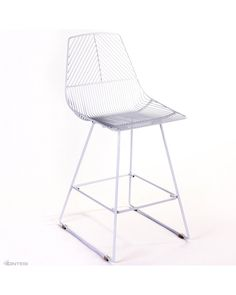 The Johnny Wire barstool is a new addition to Cintesi's indoor and outdoor barstool range. Basic assembly required for residential orders.