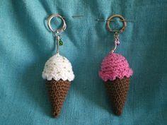 Mae Corner: Market Solidarity and III Kawaii Crochet, Crochet Food, Crochet Gifts, Cute Crochet, Knit Crochet, Crochet Keychain, Cute Keychain, Crochet Earrings, Keychains