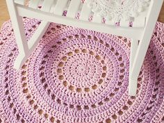 Gorgeous Mandala Floor Rug {Tutorial}