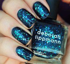 Sparkle blue nails