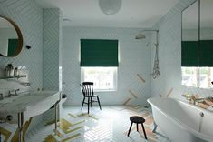 Antieke vintage moderne badkamer