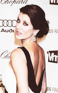 Kate Walsh being hot as usual