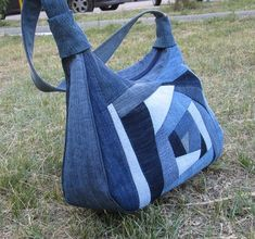 Best 10 Denim crazy quilt bag (picture only) Jeans Recycling, Recycle Jeans, Patchwork Bags, Quilted Bag, Bag Quilt, Jean Purses, Denim Purse, Denim Crafts, Linen Bag